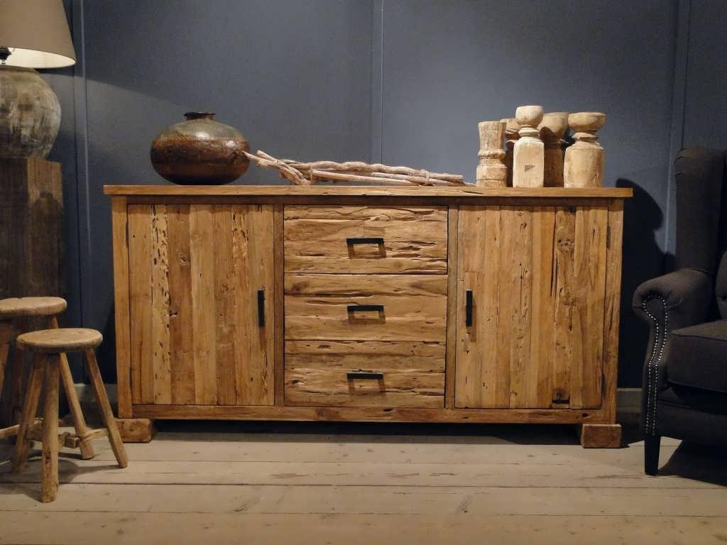 Badkamerkast Oud Hout : Simpele houten kast perfect voor elkaar schuivende with simpele