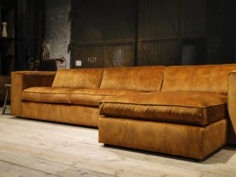 lounge bank cognac