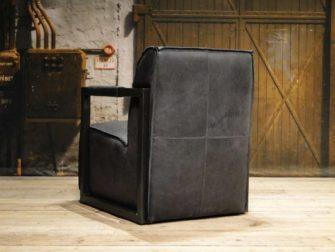 zwart leren fauteuil