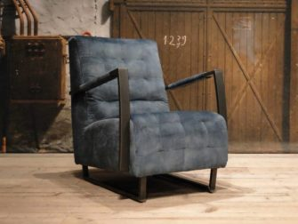 Stoere blauwe fauteuil