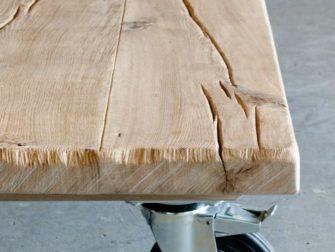 eiken salontafel op wielen