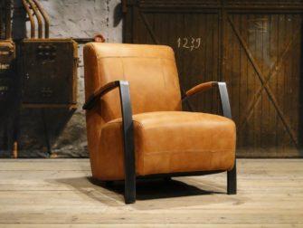 Industriele fauteuil cognac