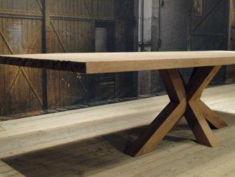 Eiken spinnenpoot tafel chartres massief eiken robuustetafels.nl