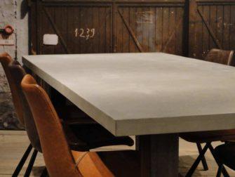 industriële betontafel
