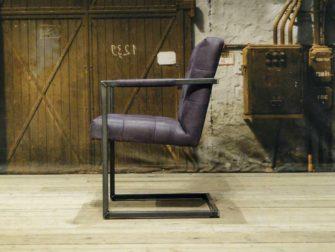 paarse stoel