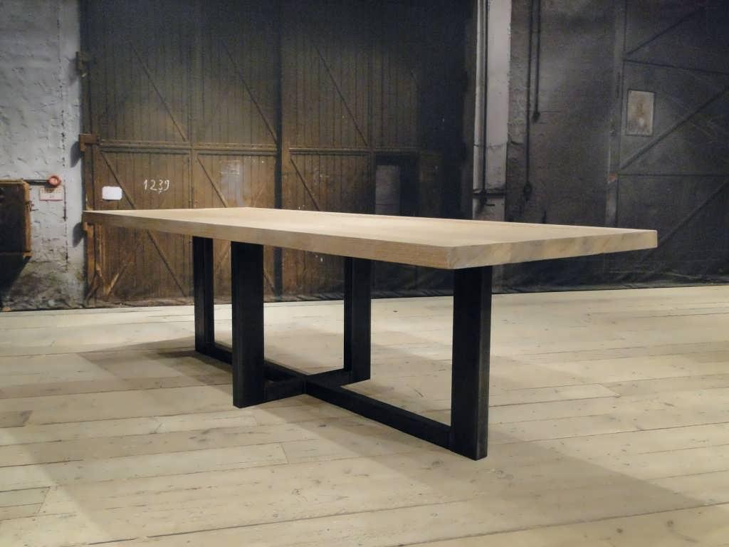 Eiken maatwerk tafel Orvieto massief eiken | robuustetafels.nl