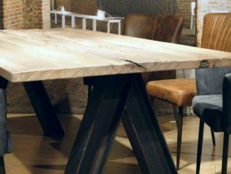 industriele tafel oude balken